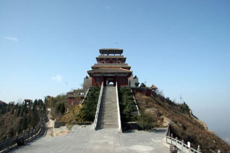 郑州陵园告诉你怎样在选墓时挑选出好的墓碑?